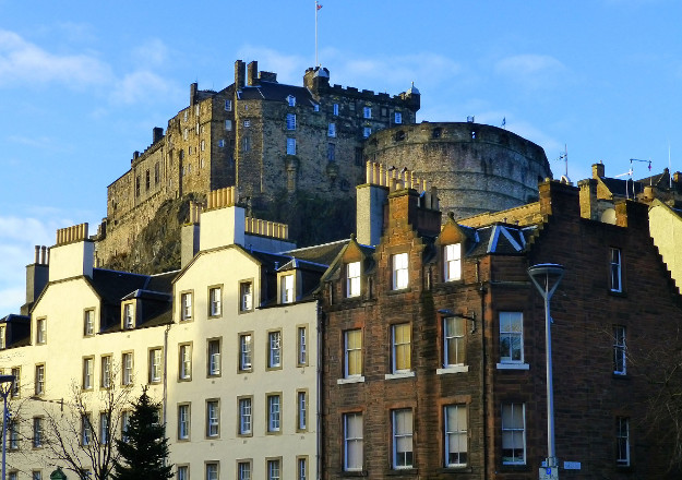 Edinburgh Castle Grassmarket