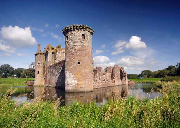 carlaverock castle dumfriesshire