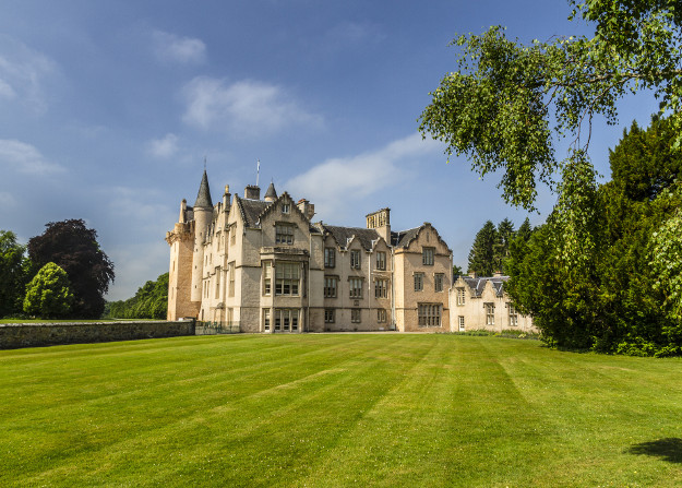 brodie castle morayshire