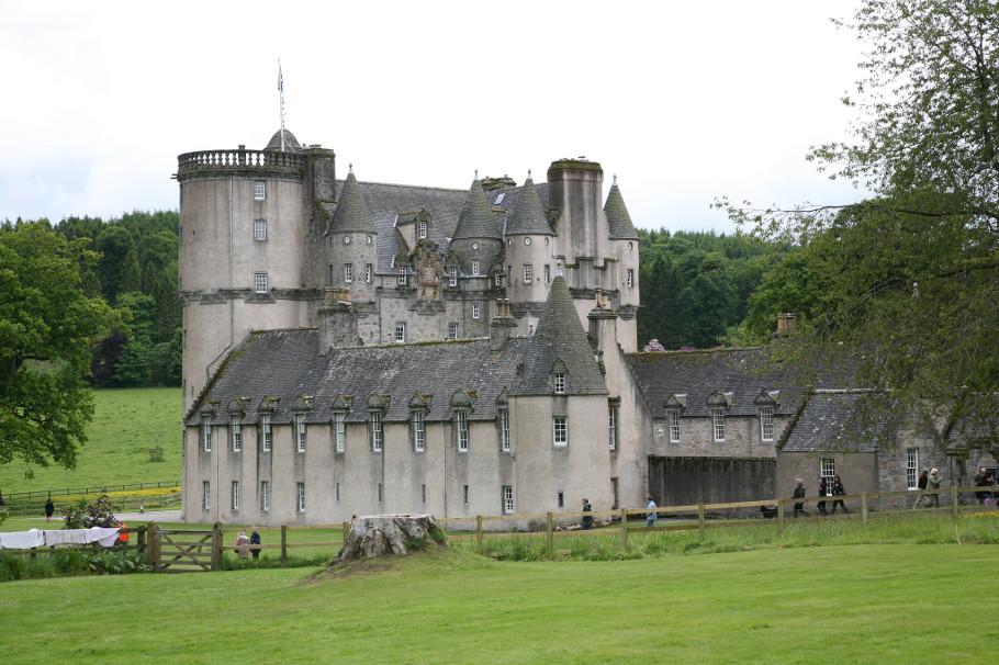castle fraser ghost