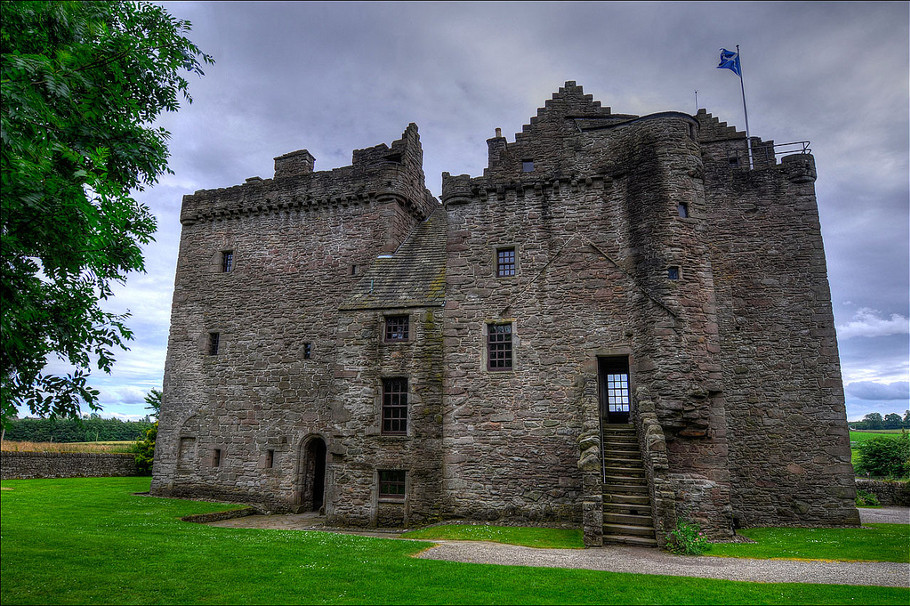 huntingtower_castle_ghosts